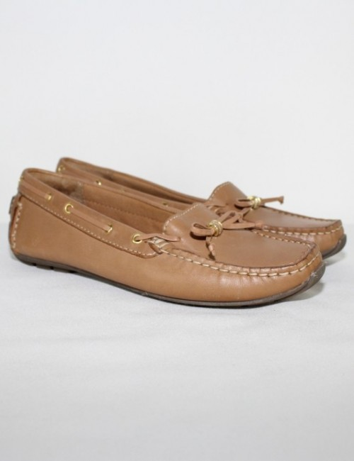 CLARKS artisan narrow fit flats