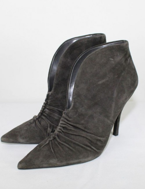 GUESS WGKAIDIN suede leather pointed toe ankle boots (9)