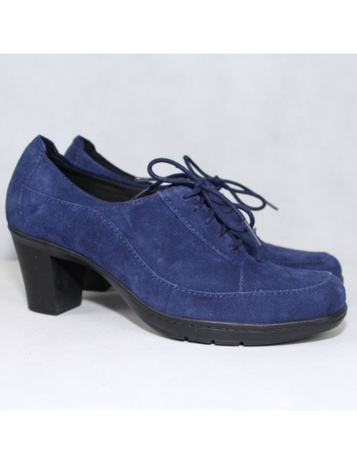 CLARKS Blue suede Pumps