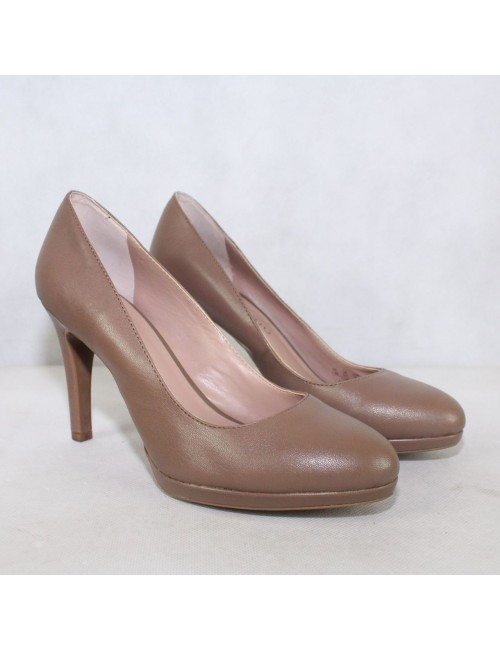 FRANCO SARTO womens leather taupe pumps heels!