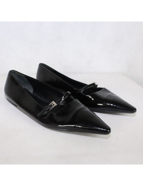 PRADA womens black patent leather pointy mary janes flats!