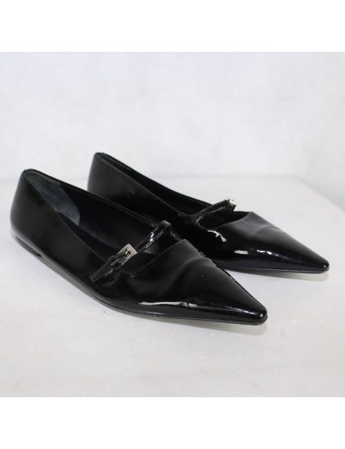 PRADA womens black patent leather pointy mary janes flats!